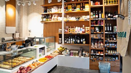 The interior of Centrolina market