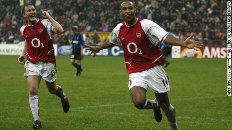 Henry celebrates scoring Arsenal's third goal against Inter Milan.