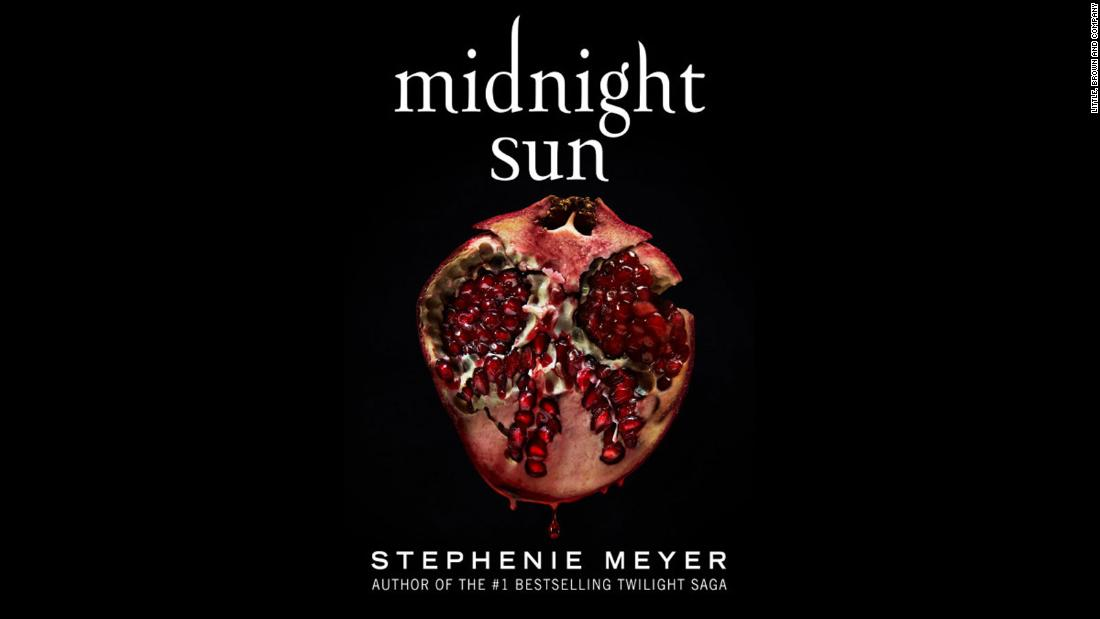 'Midnight Sun' is finally here and 'Twilight' fans have already started binge-reading it | Alicia Lee, CNN