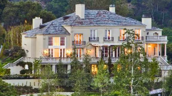 A home listed by Elon Musk.