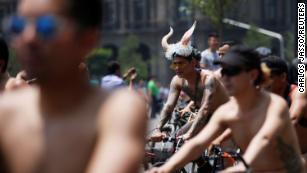 world naked bike ride nackt