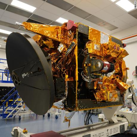 The Hope Probe scientists say the spacecraft has a mass of 1,350 kg -- about the size of an SUV.
