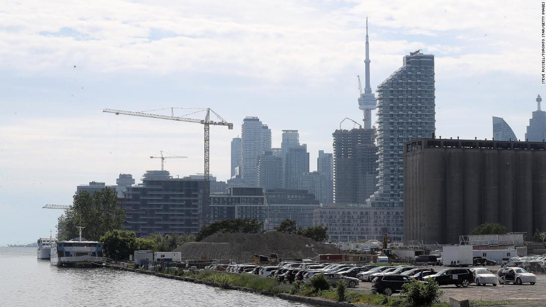 Alphabet gives up its plan to build a futuristic neighborhood in Toronto