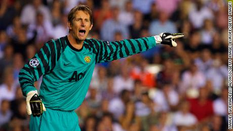 Edwin Van der Sar in action for Manchester United.