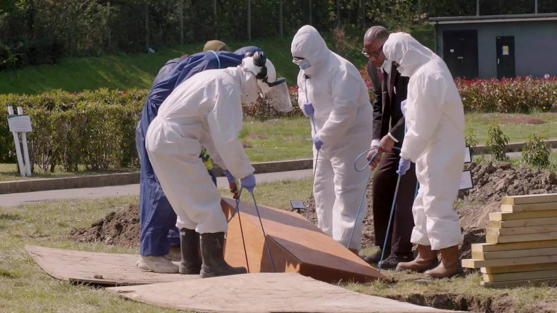 This is what it's like to be a funeral worker during a pandemic
