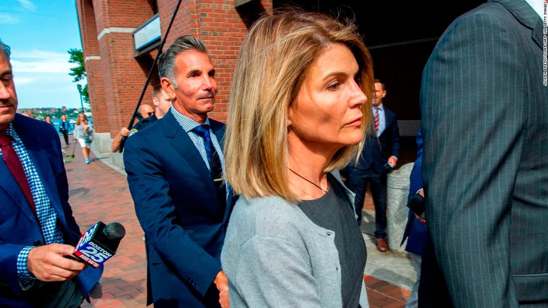 Lori Loughlin released from prison after 2-month sentence for college admissions scam – CNN