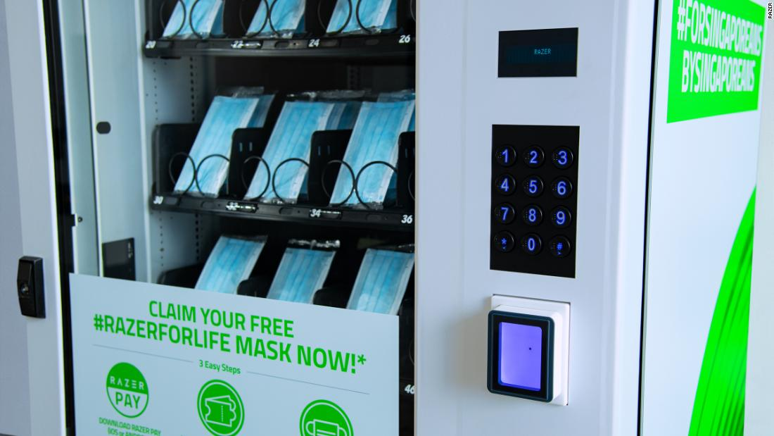 Razer Singapore: Vending machines to provide millions of free face masks to residents - CNN thumbnail