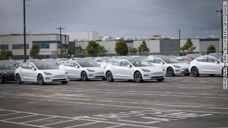 California officials capitulate to Elon Musk, allow Tesla plant to reopen