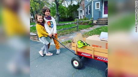 Levon, 6, and Scarlett, 3, helped deliver masks to over 100 houses.