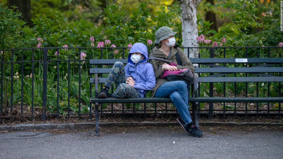 Coronavirus model cited by White House looks to consider how many Americans wear masks