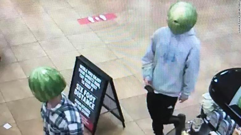 The two suspects at a Sheetz in Louisa, Virginia.