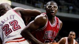 Pizza maker delivers response to Michael Jordan's 'Flu Game'