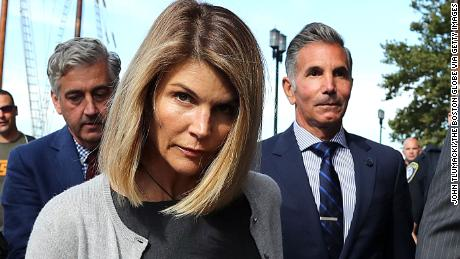 Lori Loughlin and Mossimo Giannulli agree to plead guilty in college admissions scam
