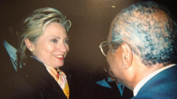 Wilson Roosevelt Jerman talking with then-first lady Hillary Clinton.