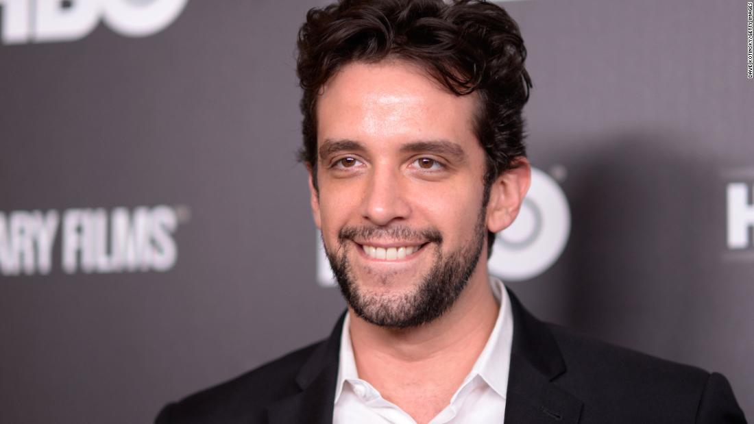 Nick Cordero, diễn viên Broadway, chết ở tuổi 41