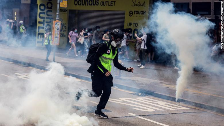 Hong Kong police fire tear gas on pro-democracy protesters