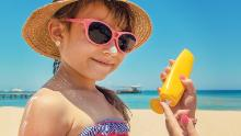 Pratiquez la sécurité au soleil pour rester en bonne santé à l'extérieur pendant la pandémie
