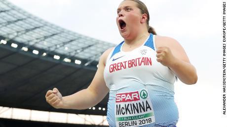 Sophie McKinna a refuzat finanțarea pentru a-și menține rutina.