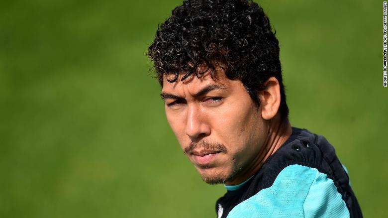 罗伯托·菲尔米诺(Roberto Firmino)的竞争对手莫拉·萨拉赫(Mo Salah)。