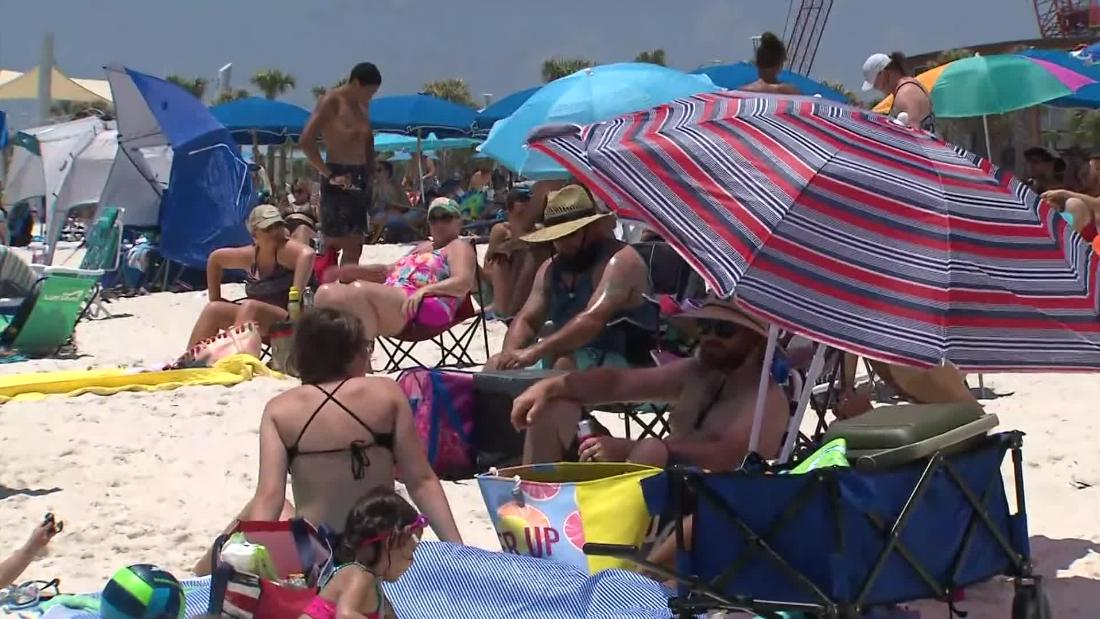 CNN reporter debunks Alabama beachgoers' Covid-19 theories