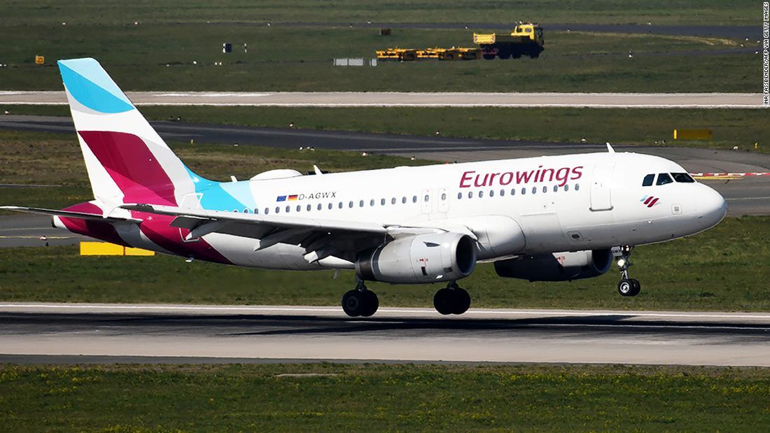 Airline resumes flights to Italy (but turns around when airport's shut)  | CNN Travel
