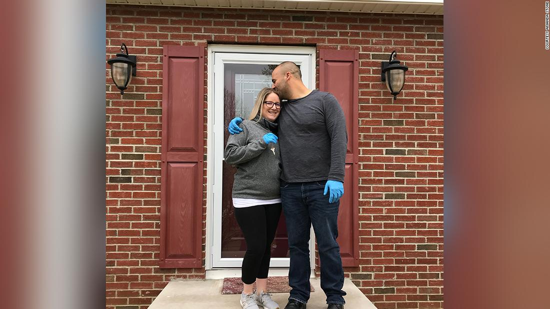 These folks purchased houses with out ever stepping inside - CNN thumbnail