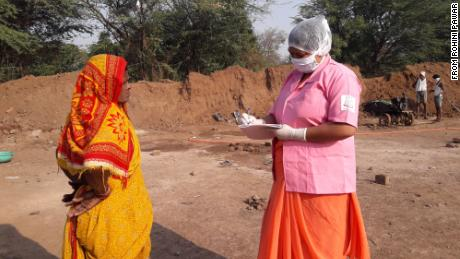 Rohini Pawar notes down details of brick kiln workers.