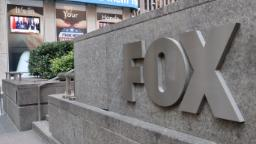 Fox News looks the other way as US passes grim 100,000 death milestone
