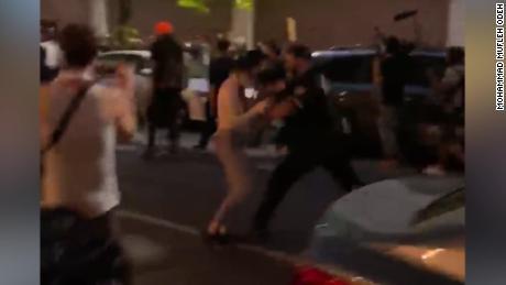 Potrivit primarului, videoclipurile despre conduita NYPD în timpul protestelor lui George Floyd sunt cercetate