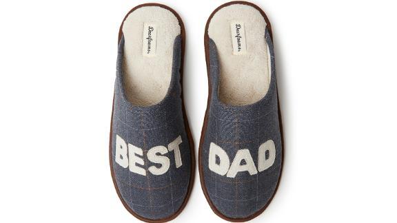 """Dearfoams """"Best Dad"""" Scuff Slipper"""