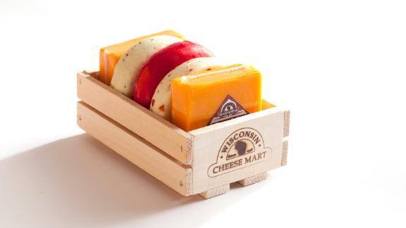 Wisconsin Cheese Mart Nibbler Crate