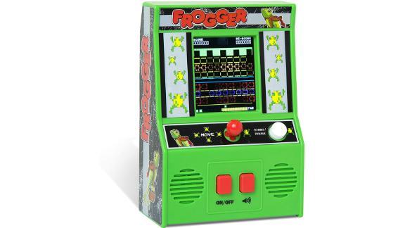 Basic Fun Arcade Classics Frogger