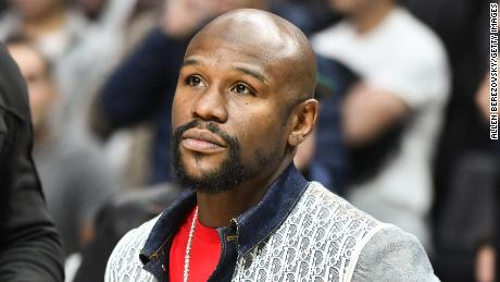 Boxing champ Floyd Mayweather will pay for George Floyd's funeral, ESPN reports
