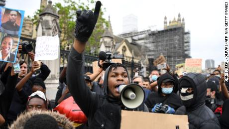 Actor John Boyega rallies crowd at protest - CNN Video