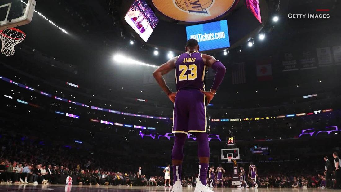 """The NBA is offering players a """"smart"""" ring to track Covid. But does it even work?"""