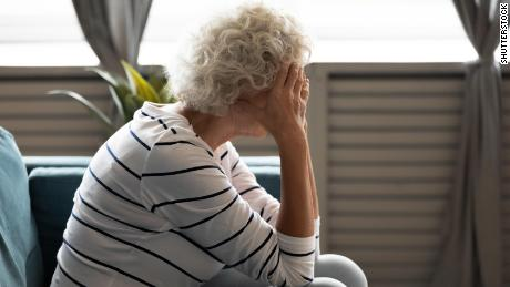 Negative thinking linked to dementia in later life, but you can learn to be more positive