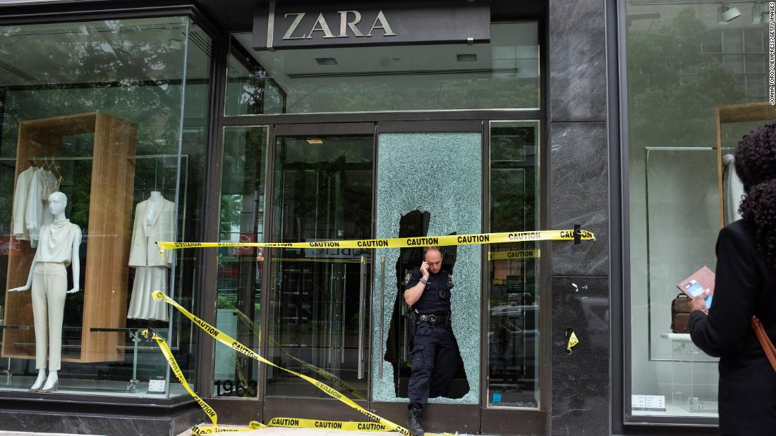 Looters able to target high-end stores in New York due to intelligence failure