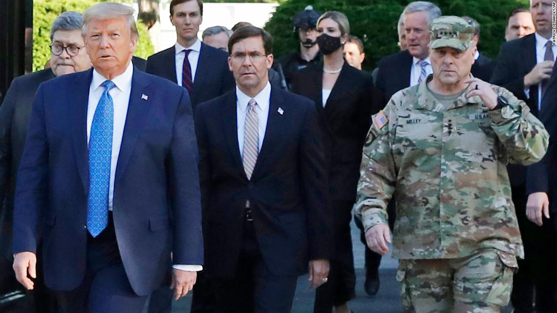 Top general apologizes for appearing in photo-op with Trump after forceful removal of protesters thumbnail