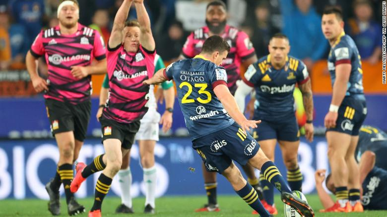 Bryn Gatland kicks the winning drop goal to give the Otago Highlanders a 28-27 win over the Waikato Chiefs in the Super Rugby Aotearoa competition.