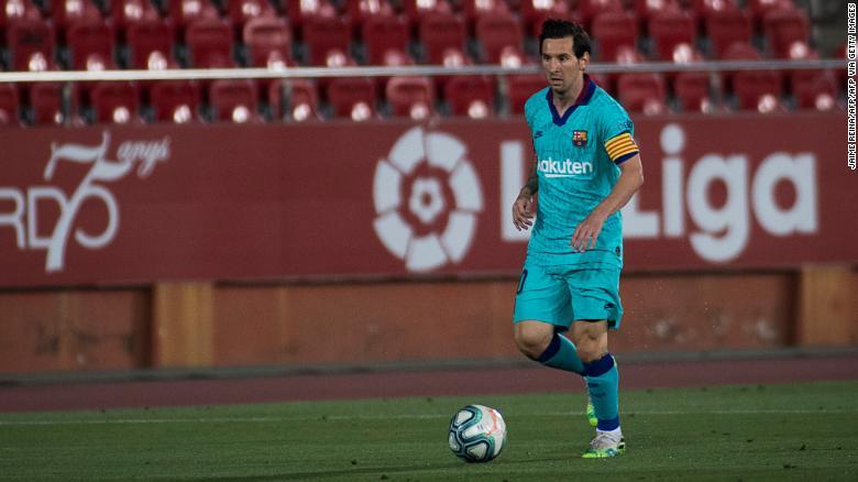 莱昂内尔·梅西(Lionel Messi)在周六在马略卡岛的巴塞罗那比赛中闭门造车。