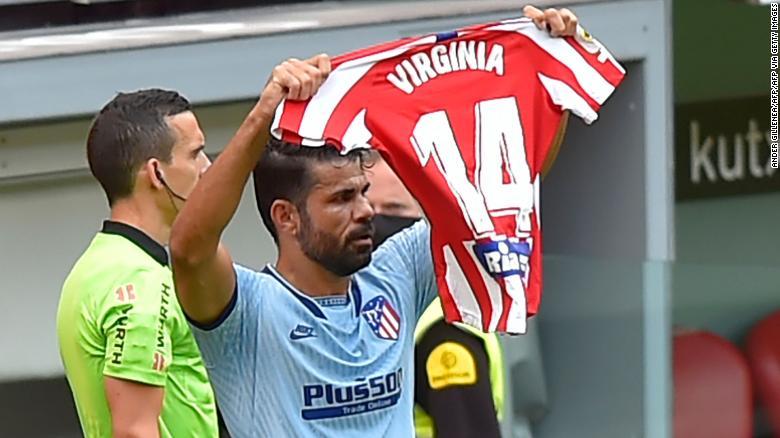 迭戈·科斯塔(Diego Costa)致力于将马德里竞技的目标奉献给女子球员弗吉尼亚·托雷西利亚(Virginia Torrecilla)。