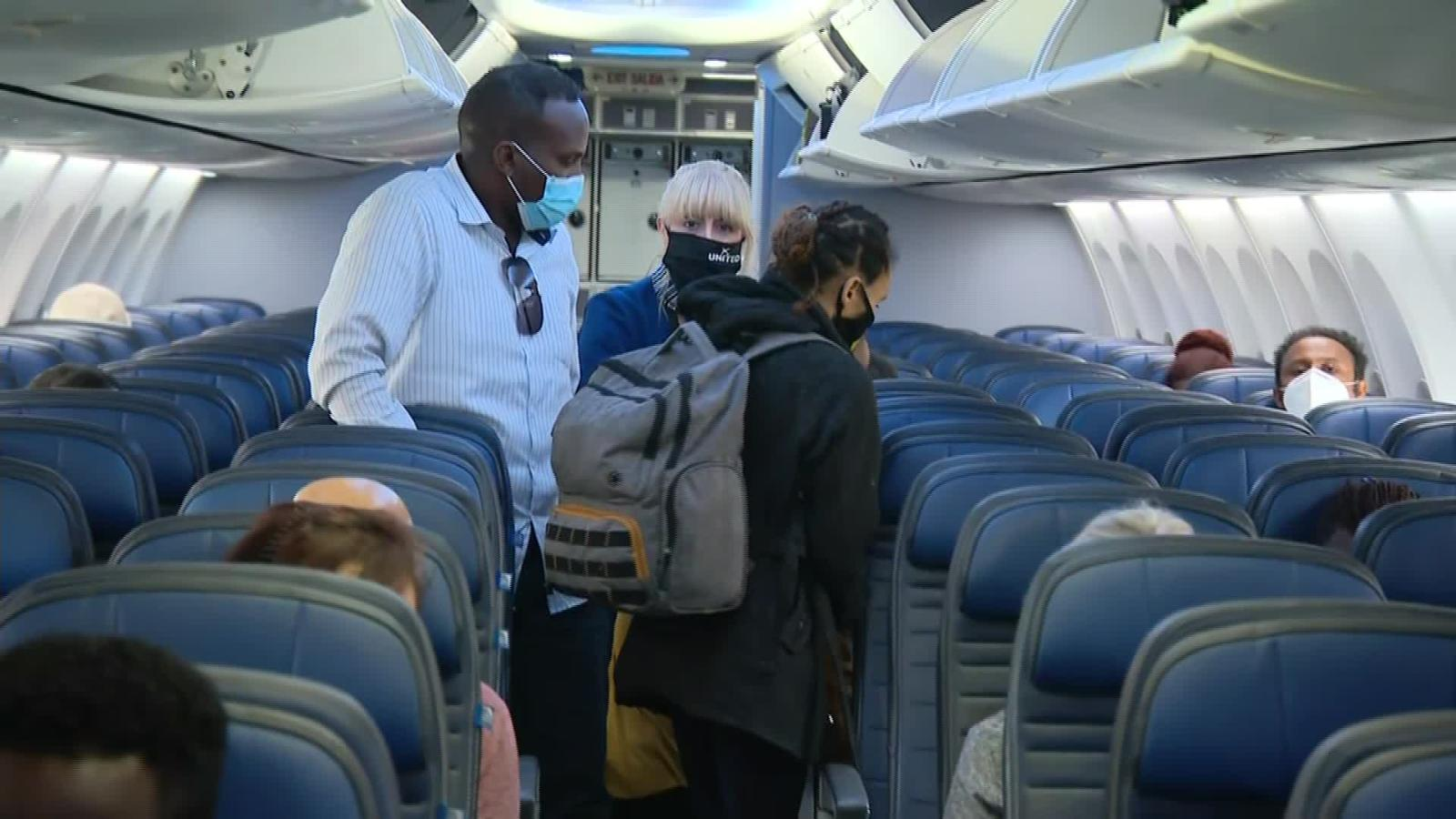 Airlines Ban Alcohol On Planes In Response To Covid 19 Cnn Travel