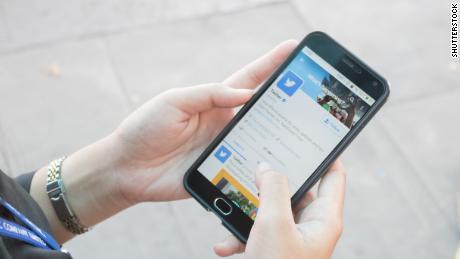Twitter looking into racial bias in tweet image previews