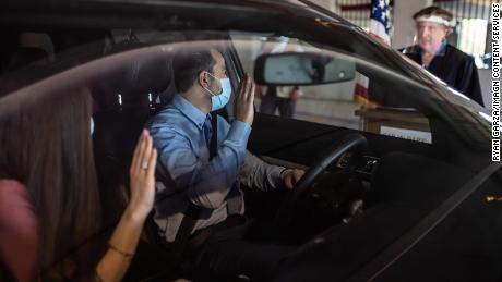 Becoming an American citizen during a pandemic: Drive-thru naturalization ceremonies