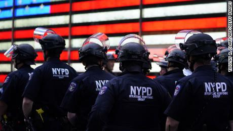 The New York Police Department's budget was cut by $ 1 billion