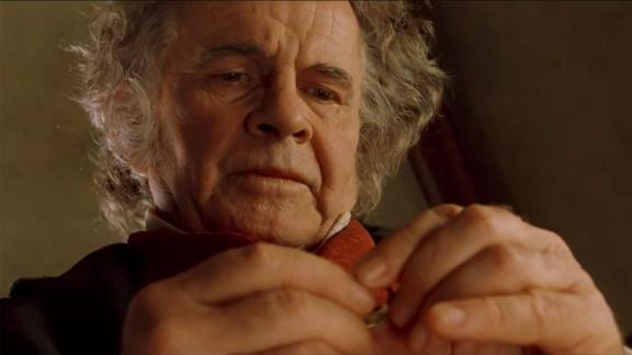 Ian Holm, 'Lord of the Rings' star, dead at 88