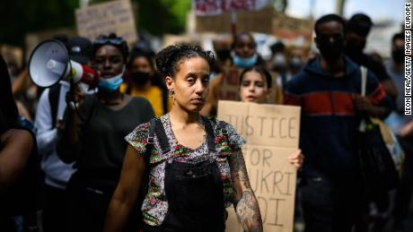 LONDON, UNITED KINGDOM - JUNE 21: Protestors take part in a march towards Parliament Square on June 21, 2020 in London, United Kingdom. Black Lives Matter protests are continuing across the UK following the death of African American George Floyd at the hands of police officers in Minneapolis on May 25, 2020. The movement has triggered the removal of statues with links to racism and the slave trade and has gained support from many high-profile celebrities and sports stars. (Photo by Leon Neal/Getty Images)