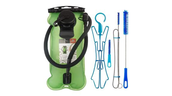 WACOOL 3-Liter (100 oz) Hydration Pack Bladder with Cleaning Kit