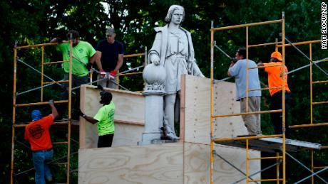 Philadelphia plans to dismantle the Columbus statue