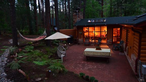 Cabin in Oak Creek Canyon near Sedona, Arizona